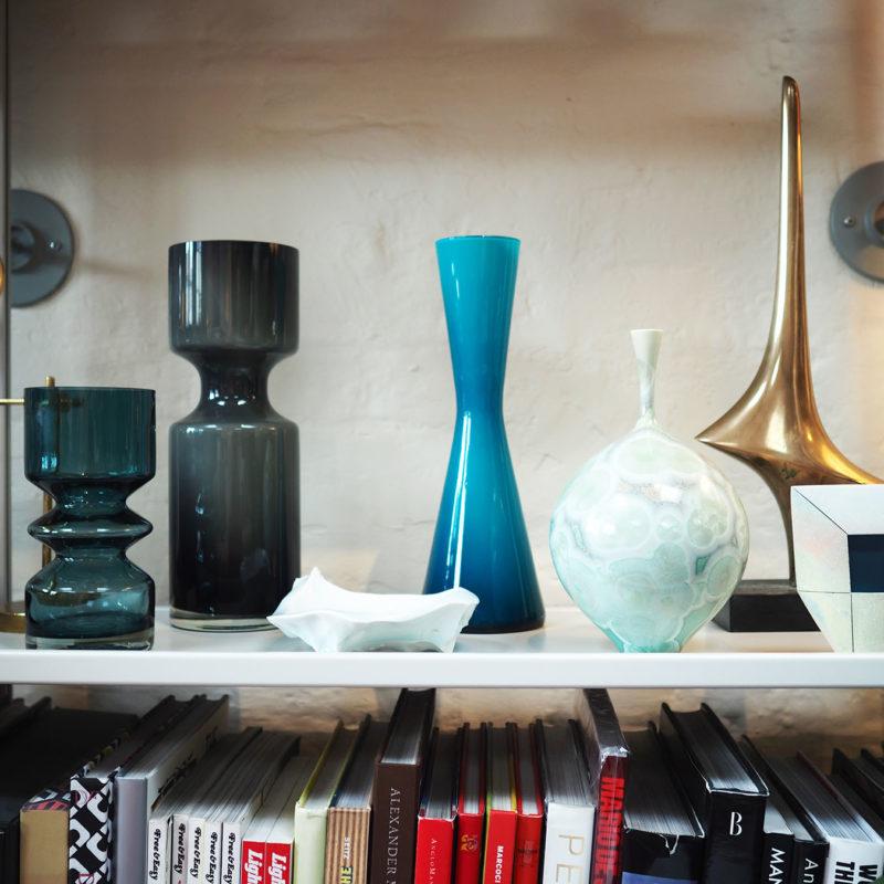 Milos house shelf